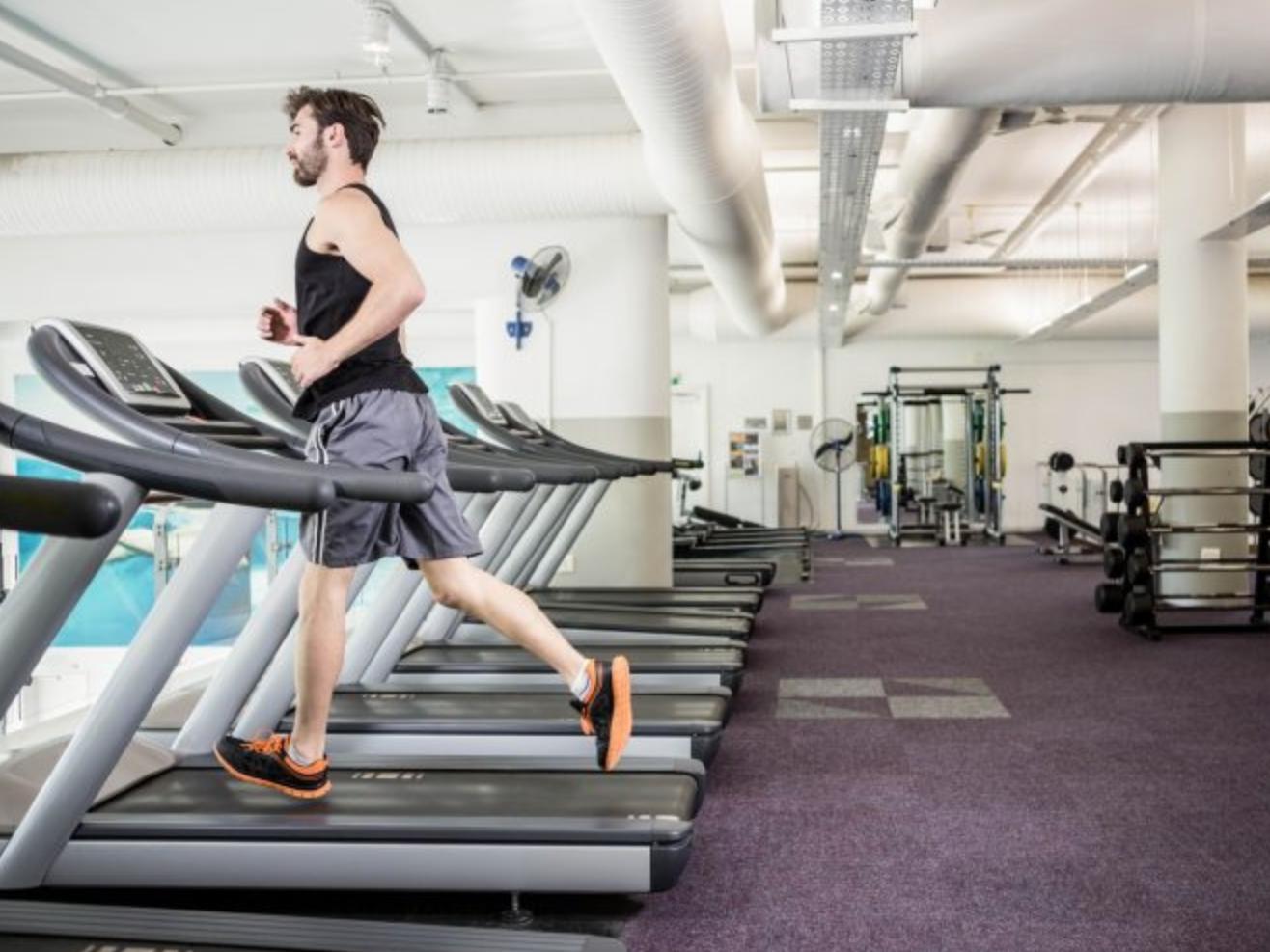 Salle de sport : exercices à faire avec le poids du corps