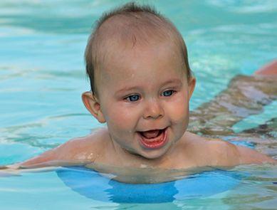 Bébés Nageurs (4 mois à 4 ans)