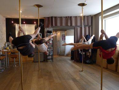La Pole Dance : Danse, acrobatie, gestes sensuels...