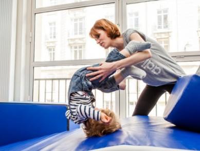 5 activités sportives à faire avec un enfant en bas âge