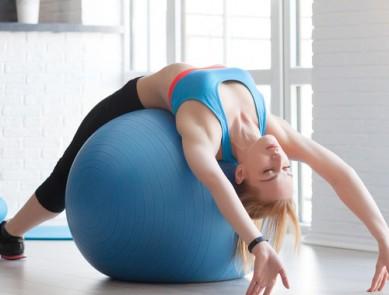 Le posture ball, l'activité physique et bien-être sport / santé