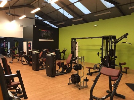 salle de sport route de vannes top agrandir salle de sport nantes basicfit with salle de sport. Black Bedroom Furniture Sets. Home Design Ideas