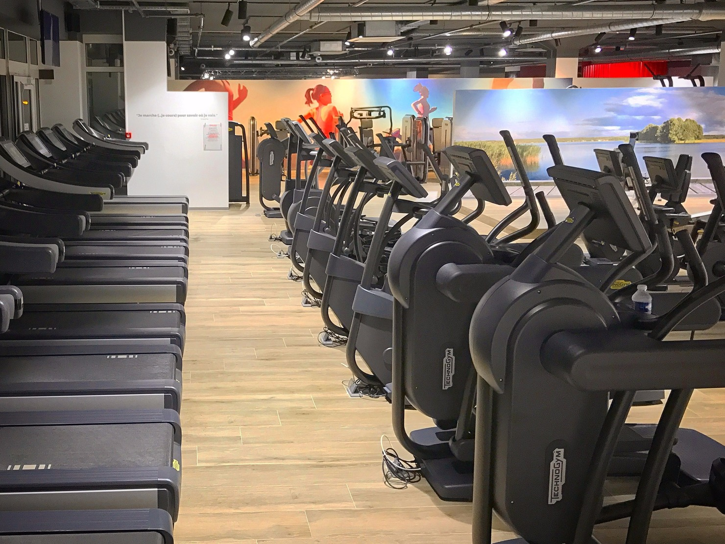 one fitness club villeneuve loubet tarifs avis horaires essai gratuit. Black Bedroom Furniture Sets. Home Design Ideas