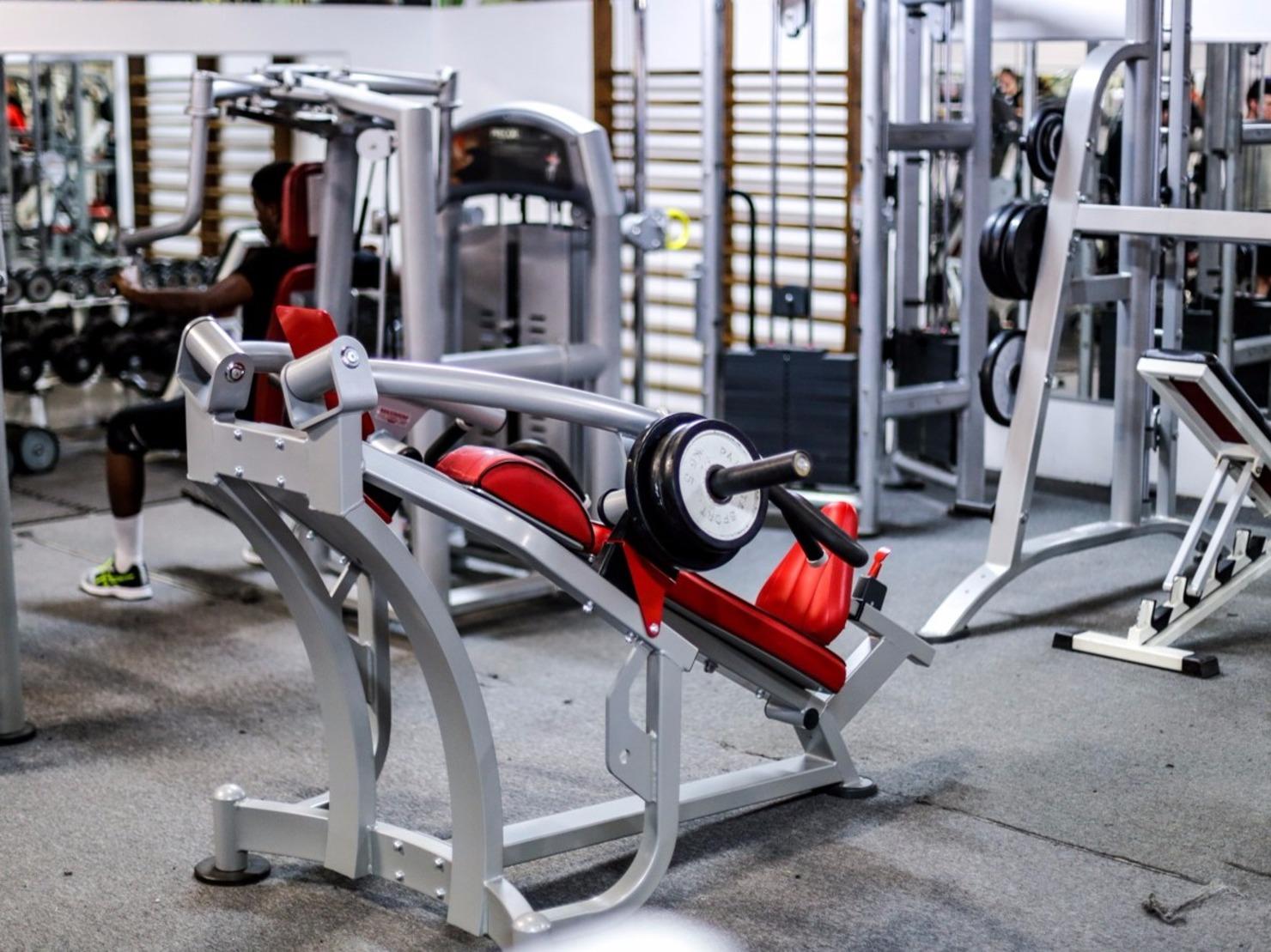 iron gym fleury les aubrais tarifs avis horaires essai gratuit. Black Bedroom Furniture Sets. Home Design Ideas