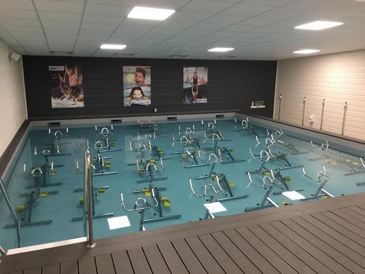 club d'aquabike / aquacycling en piscine à angers | masalledesport