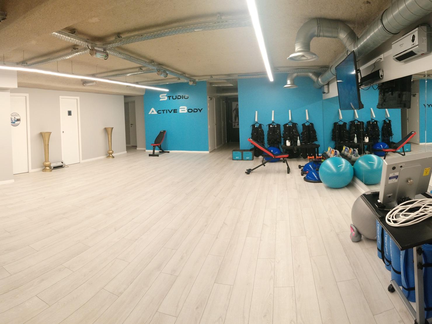 Studio Active Body-0