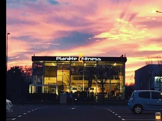 Planète Fitness Nîmes - Carré Sud