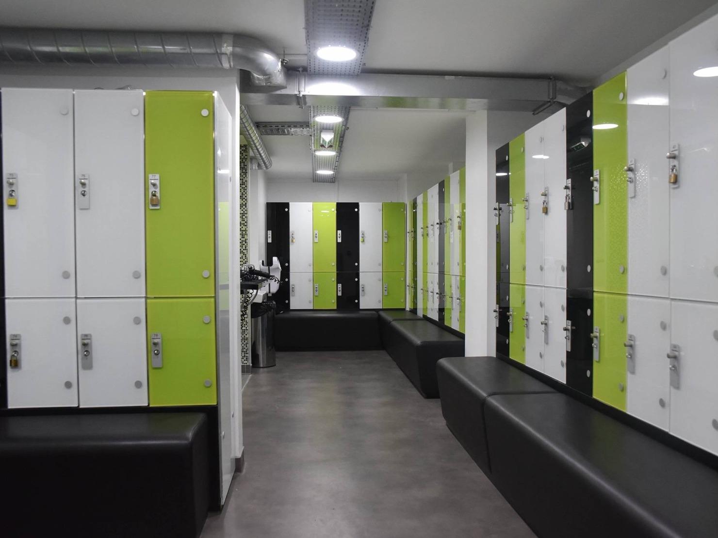 Aqualoft à saint thibault des vignes 77, Aix, Paris et Ruel Malmaison sont des salles de sport avec cardio-training, musculation et aquagym.