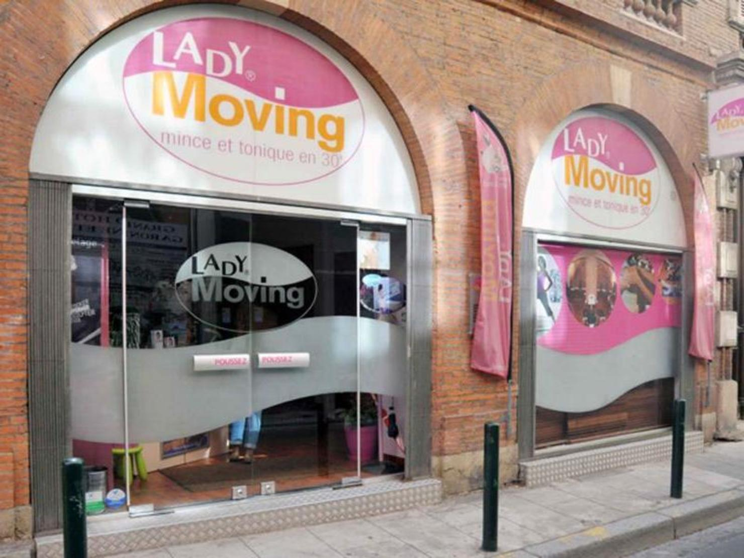 Lady Moving Toulouse Carmes Esquirol