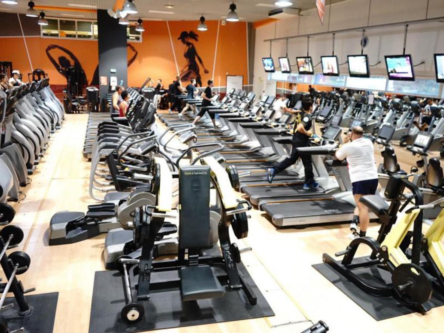 Https Www Masalledesport Com Salle 2 Cmg One Palais Royal Club