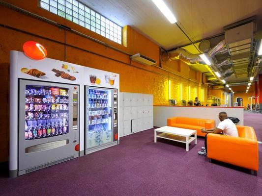 neoness nation paris tarifs avis horaires essai gratuit. Black Bedroom Furniture Sets. Home Design Ideas