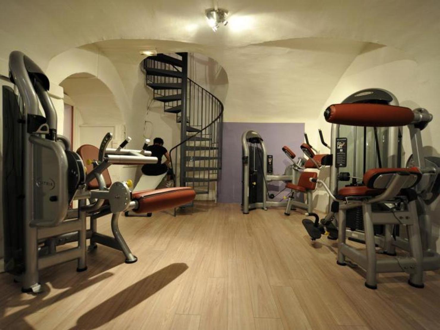 l 39 appart fitness lyon op ra tarifs avis horaires offre d couverte. Black Bedroom Furniture Sets. Home Design Ideas