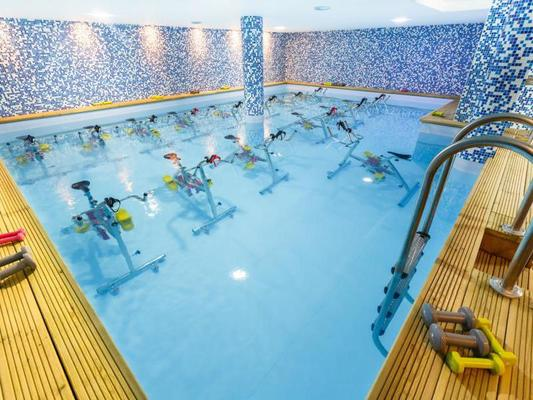 Aquabike piscine maisons alfort ventana blog for Piscine colomiers tarif