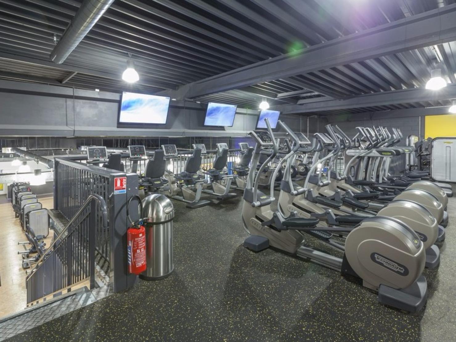 fitness park bobigny tarifs avis horaires essai gratuit. Black Bedroom Furniture Sets. Home Design Ideas