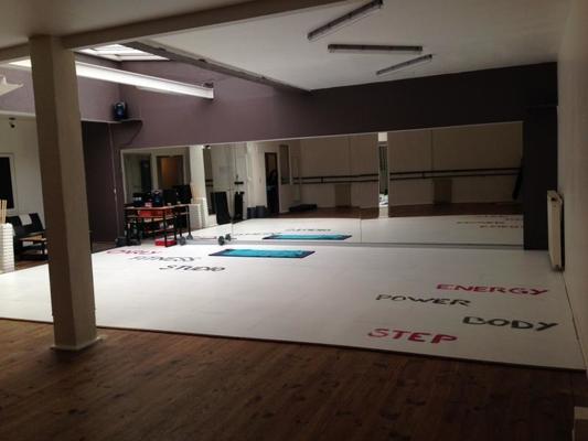 Carly Fitness Studio