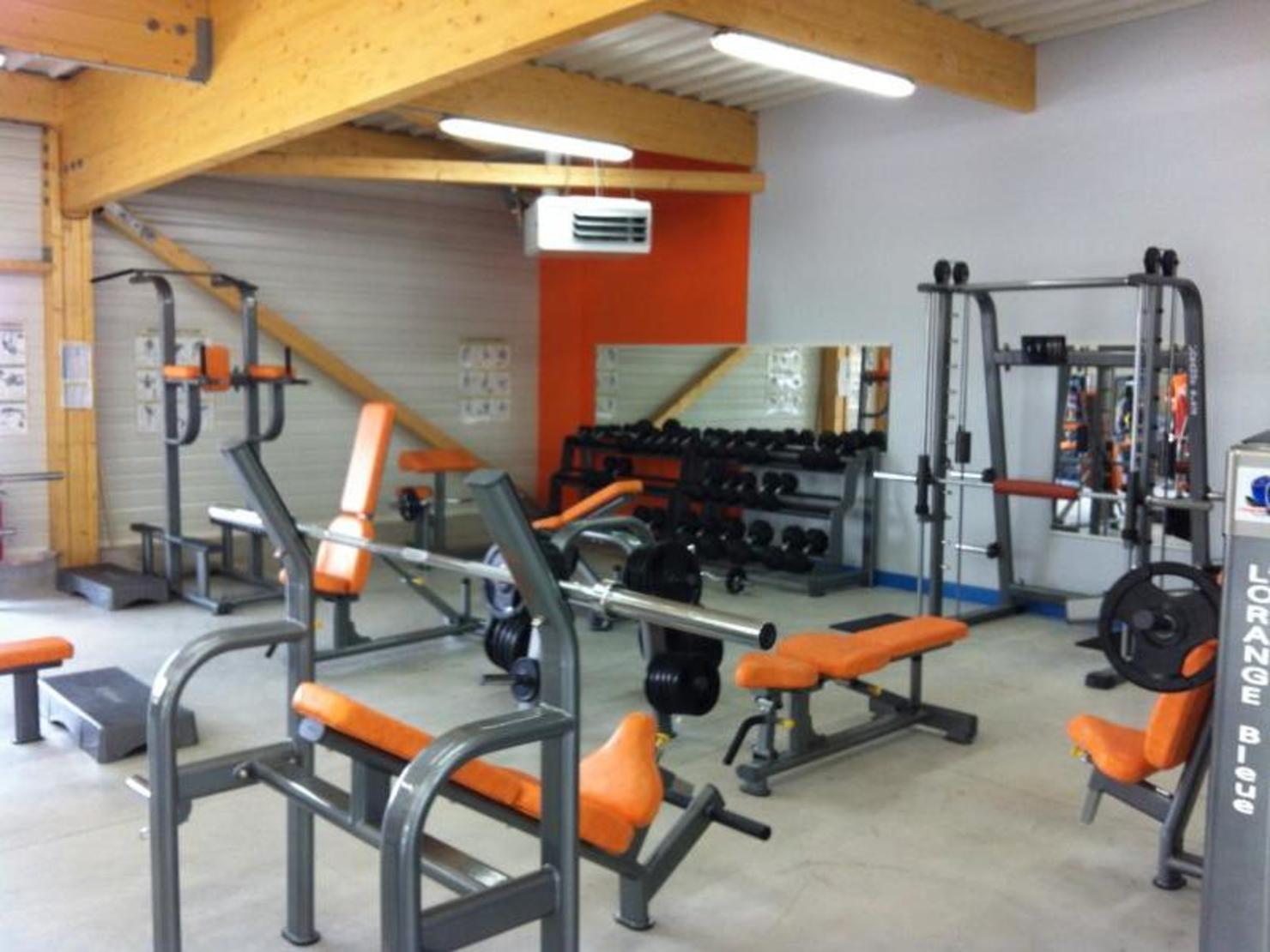 l 39 orange bleue l 39 aigle tarifs avis horaires essai gratuit. Black Bedroom Furniture Sets. Home Design Ideas