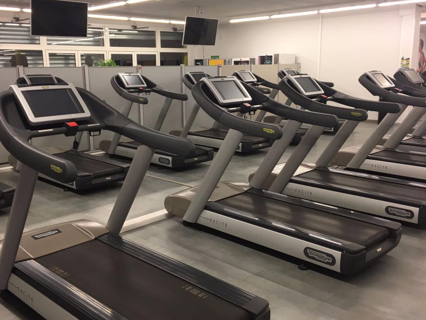 fitness park orly tarifs avis horaires offre d couverte. Black Bedroom Furniture Sets. Home Design Ideas