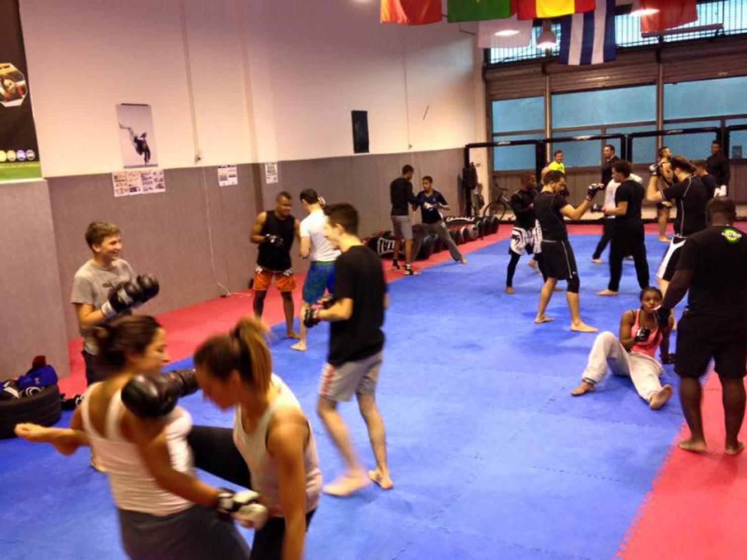FIGHT'NESS Gym Pantin-0