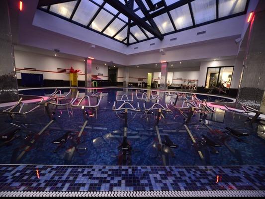club d'aquabike / aquacycling en piscine à grenoble | masalledesport