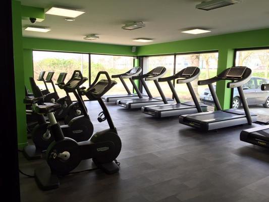 l 39 esprit club fitness st ouen l aumone tarifs avis horaires essai gratuit. Black Bedroom Furniture Sets. Home Design Ideas