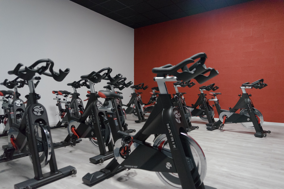 Studio Indoor Cycling