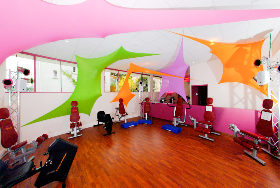 Salle de fitness 100% femmes